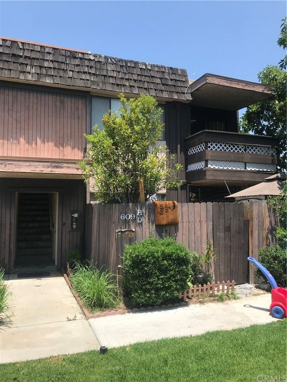 609 S Newhope St #H33, Santa Ana, CA 92704