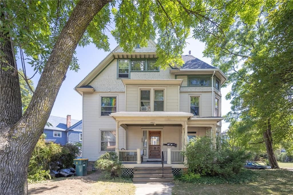 452 Alexander St, Rochester, NY 14605