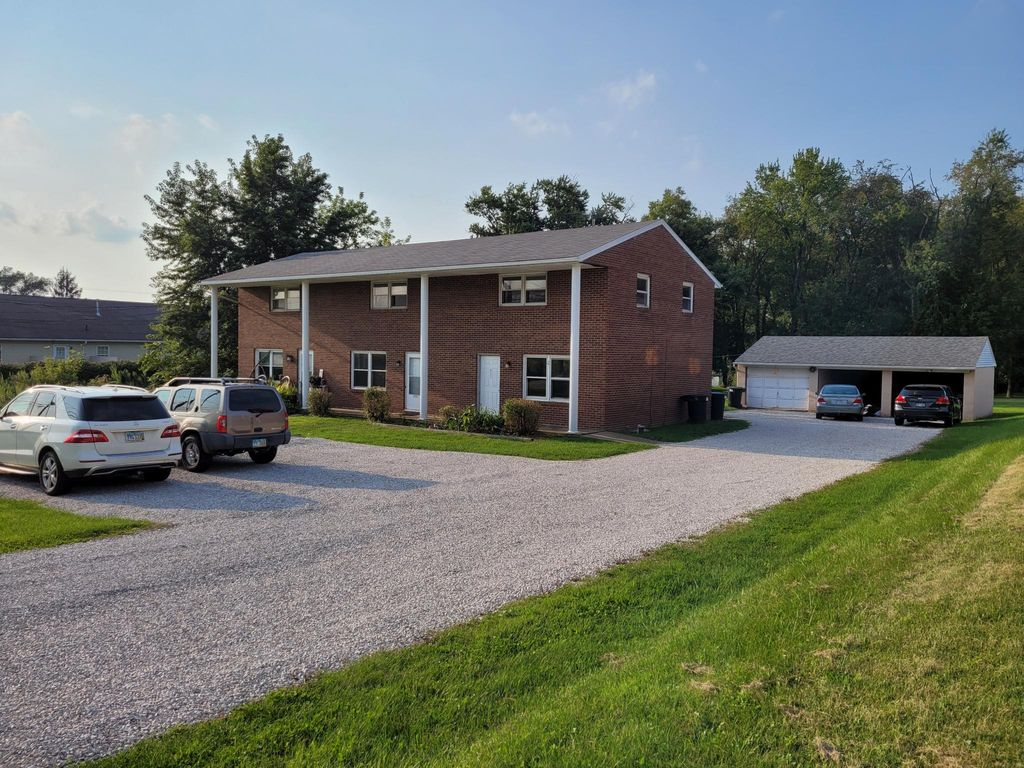 3715 Mount Pleasant St NW, North Canton, OH 44720