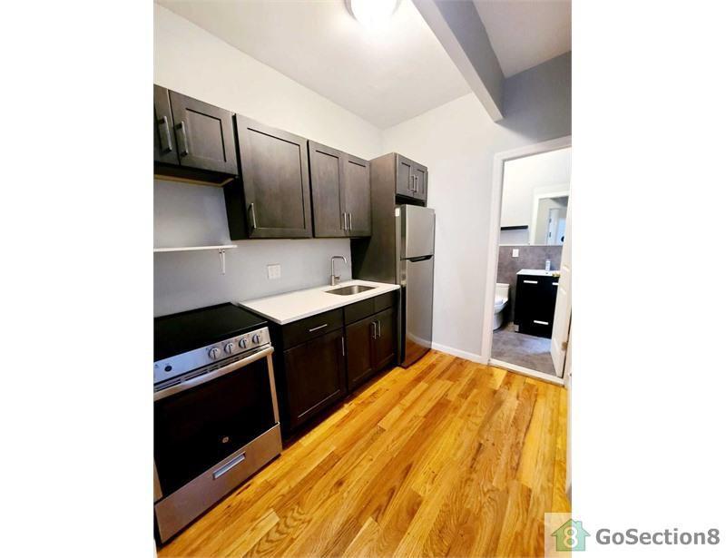 701 Prospect Ave #4B, Bronx, NY 10455
