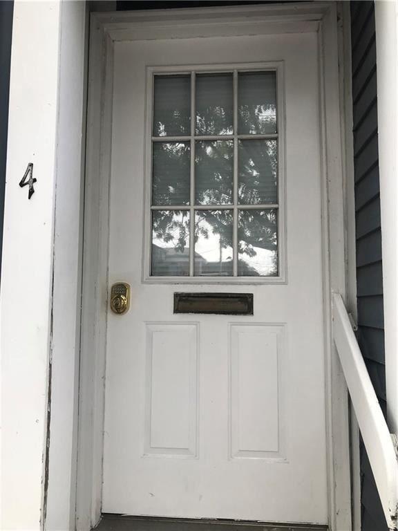16 Mary St #4, Newport, RI 02840