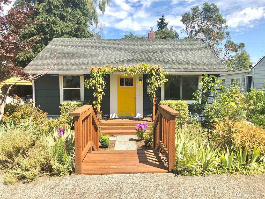 9812 32nd Ave SW, Seattle, WA 98126
