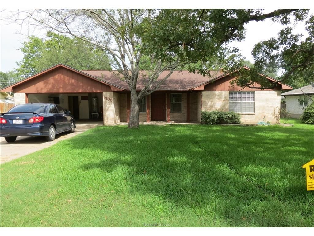 1708 Austin Ave, College Station, TX 77845