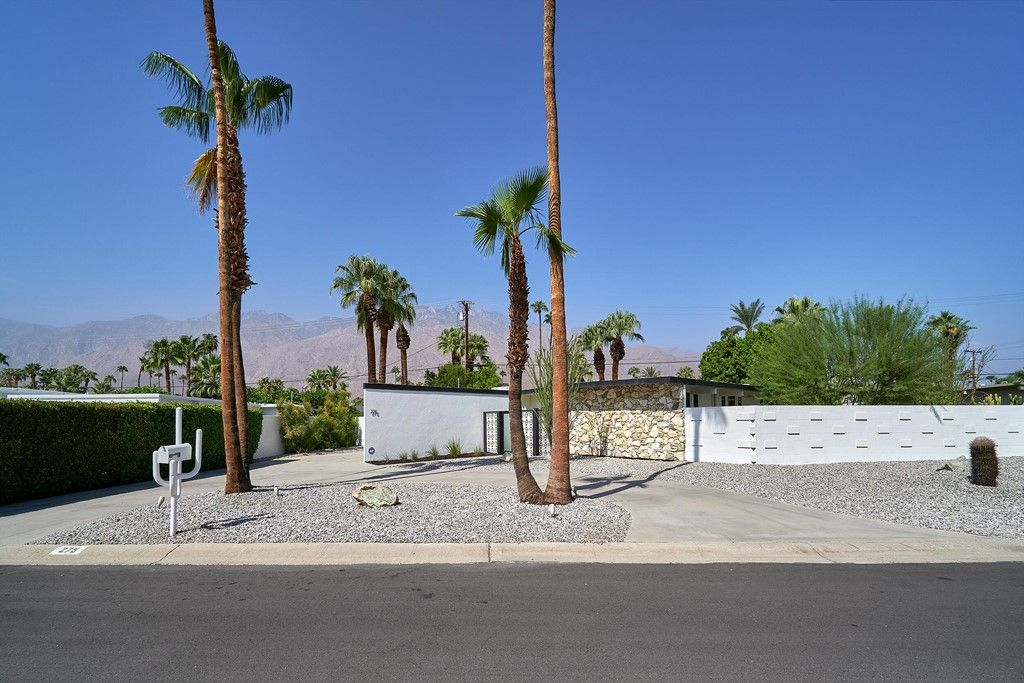 275 N Michelle Rd, Palm Springs, CA 92262