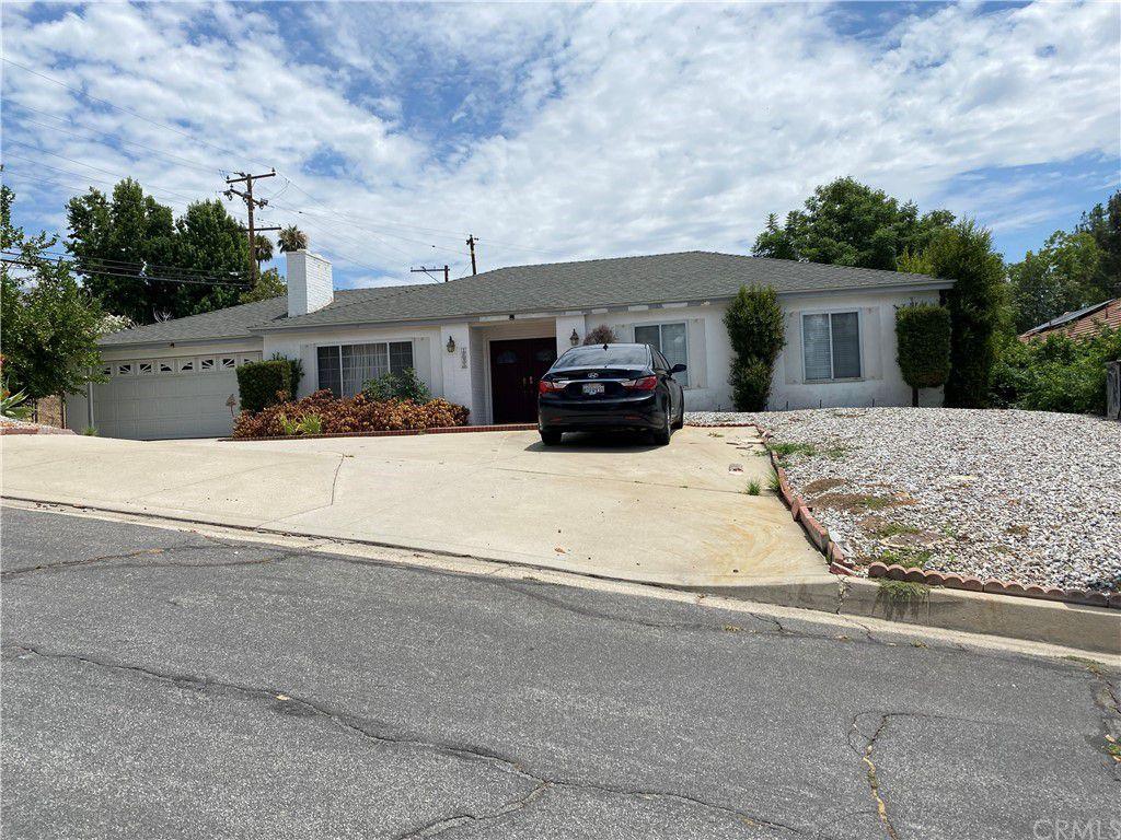 1695 Hampshire Rd, San Bernardino, CA 92404