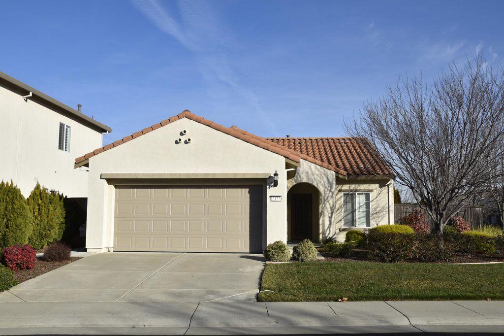 2177 Trimstone Way, Roseville, CA 95747