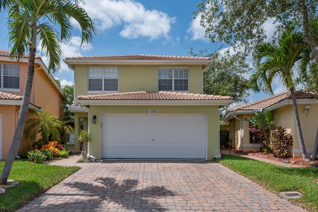 3310 Blue Fin Dr, Royal Palm Beach, FL 33411