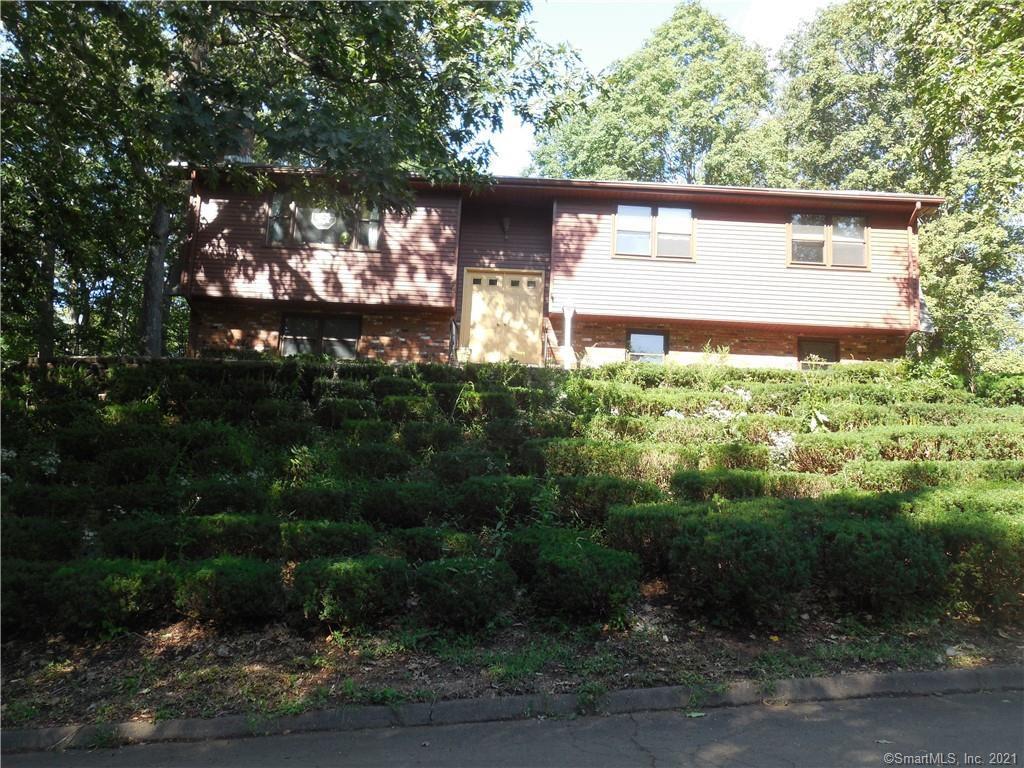 74 Wildwood Rd, Meriden, CT 06450