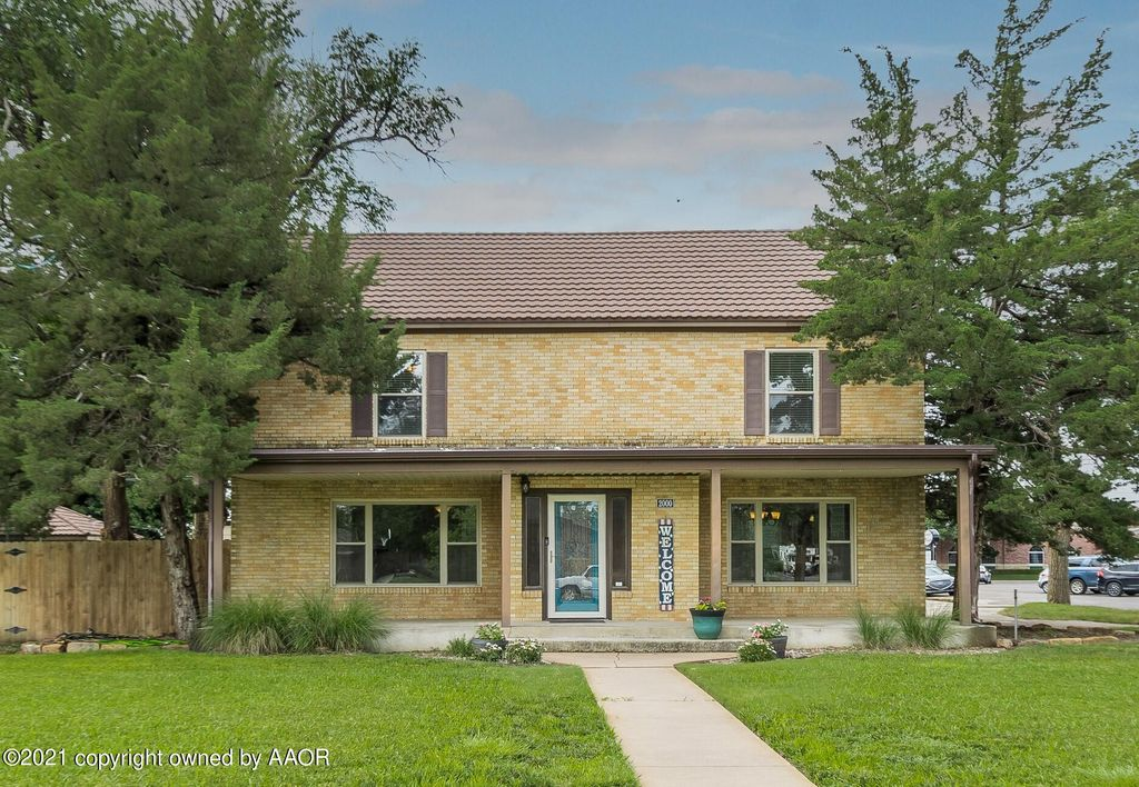 2000 3rd Ave, Canyon, TX 79015