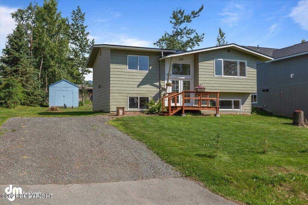 7241 Lewis Pl, Anchorage, AK 99507