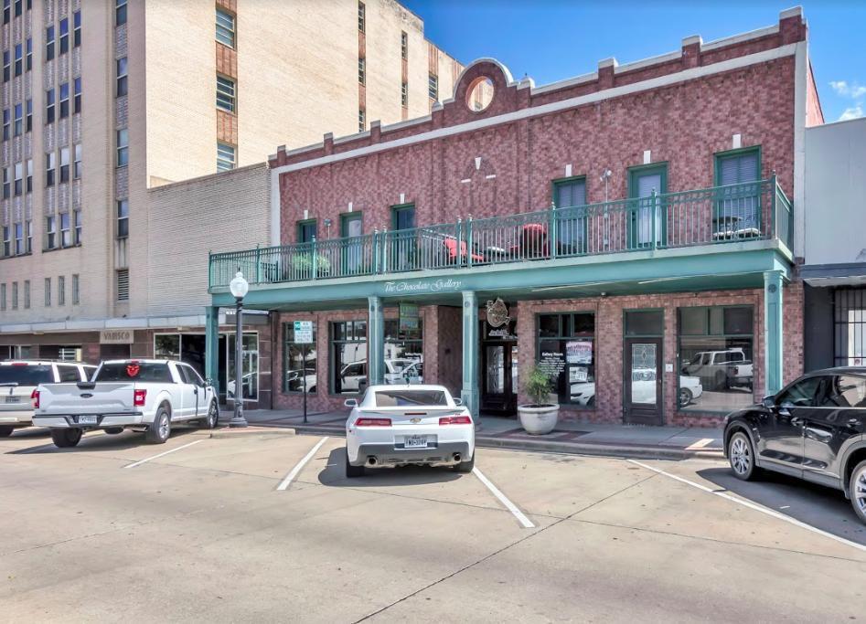 211 N Main St #24, Bryan, TX 77803