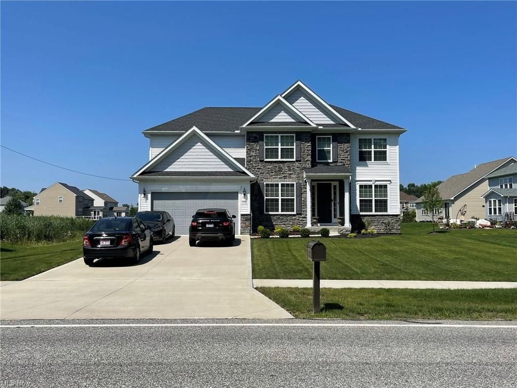 252 Miner Rd, Cleveland, OH 44143