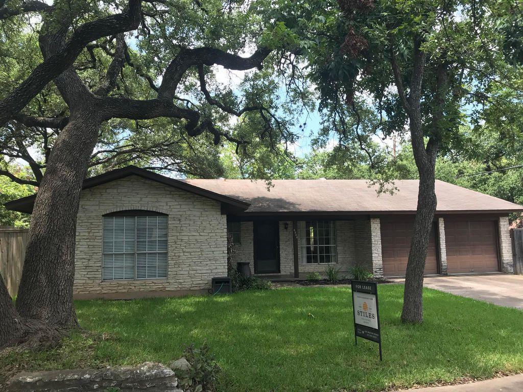 8404 Grayledge Dr, Austin, TX 78753