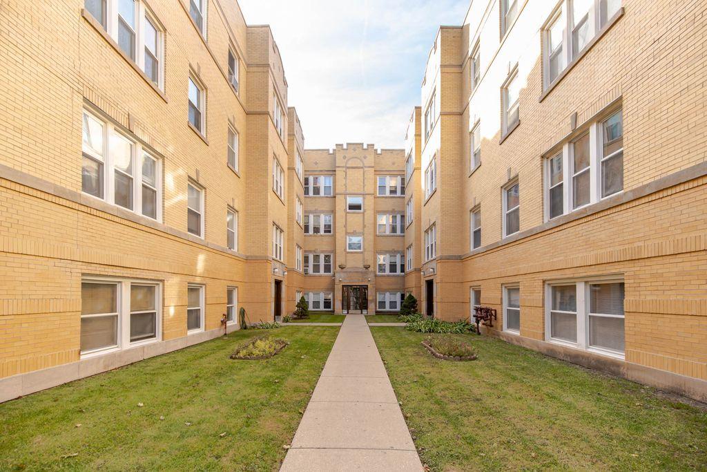 4412 N Saint Louis Ave, Chicago, IL 60625
