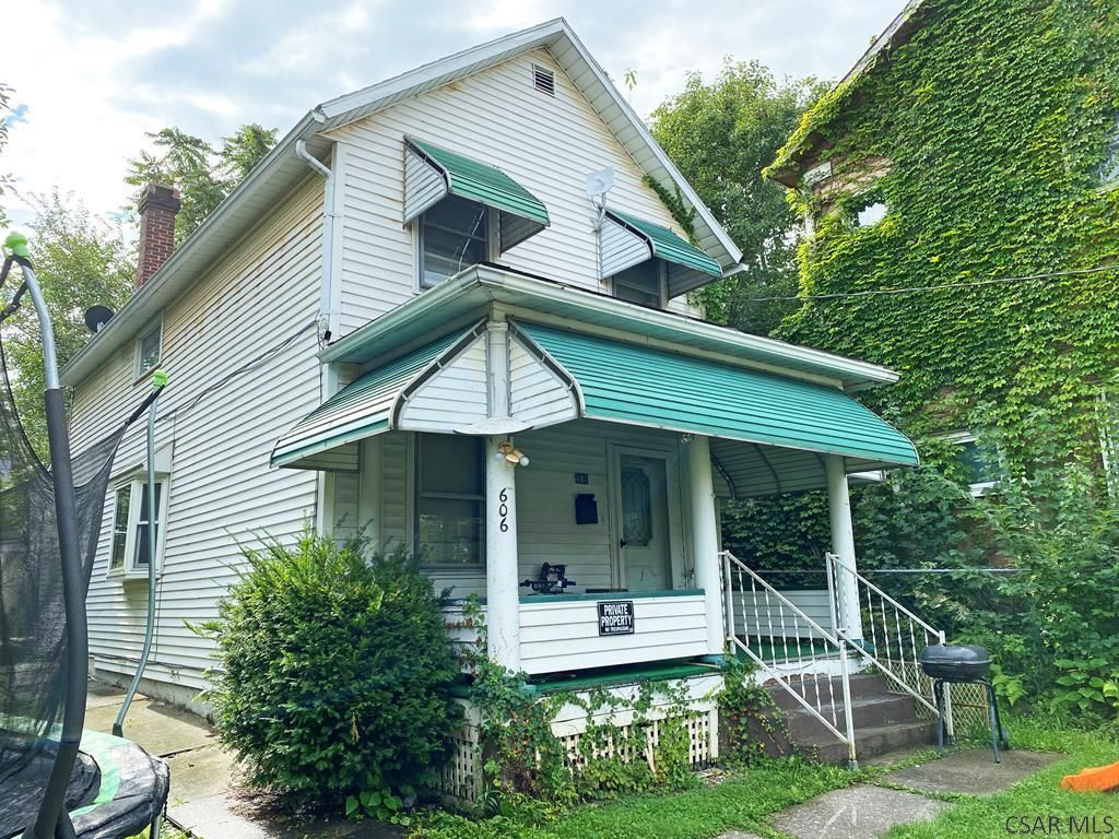 606 Cypress Ave, Johnstown, PA 15902
