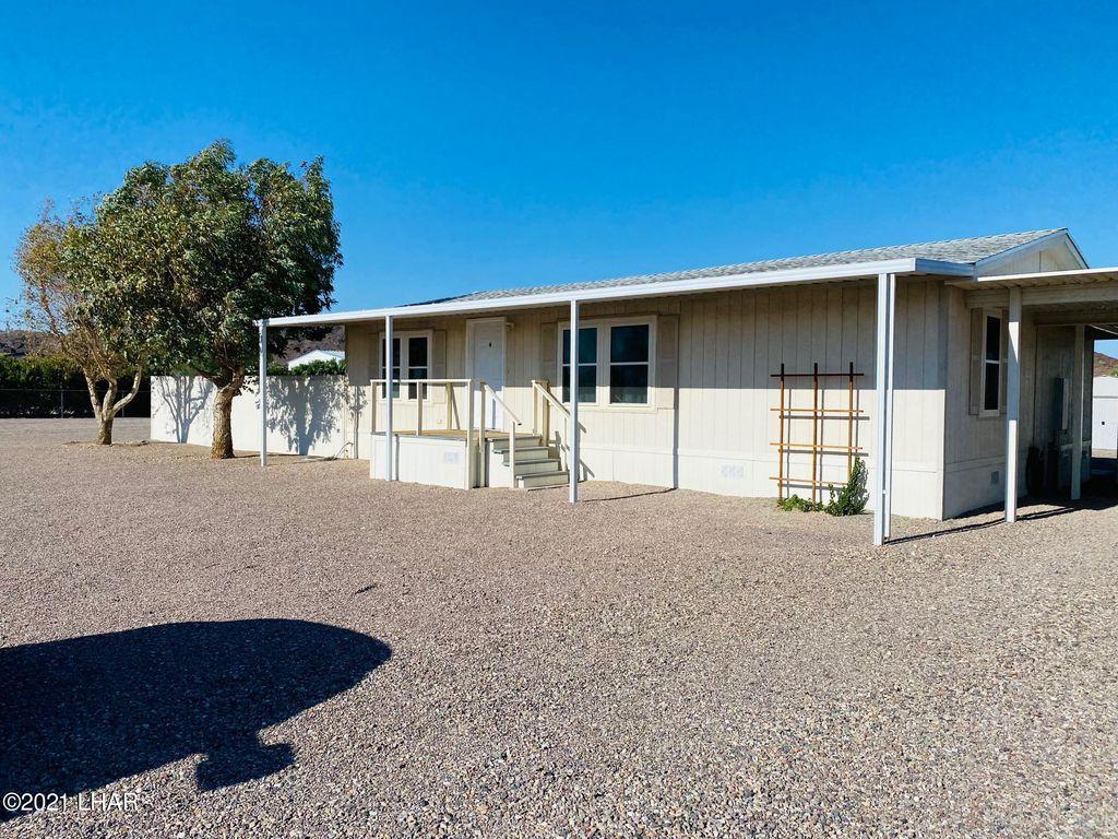 44251 Perry Ln, Salome, AZ 85348