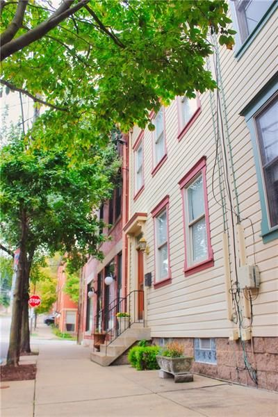 916 Middle St, Pittsburgh, PA 15212