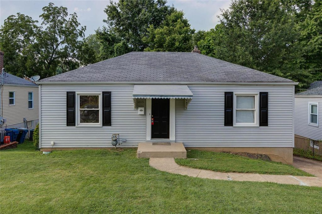 6015 Staely Ave, Saint Louis, MO 63123