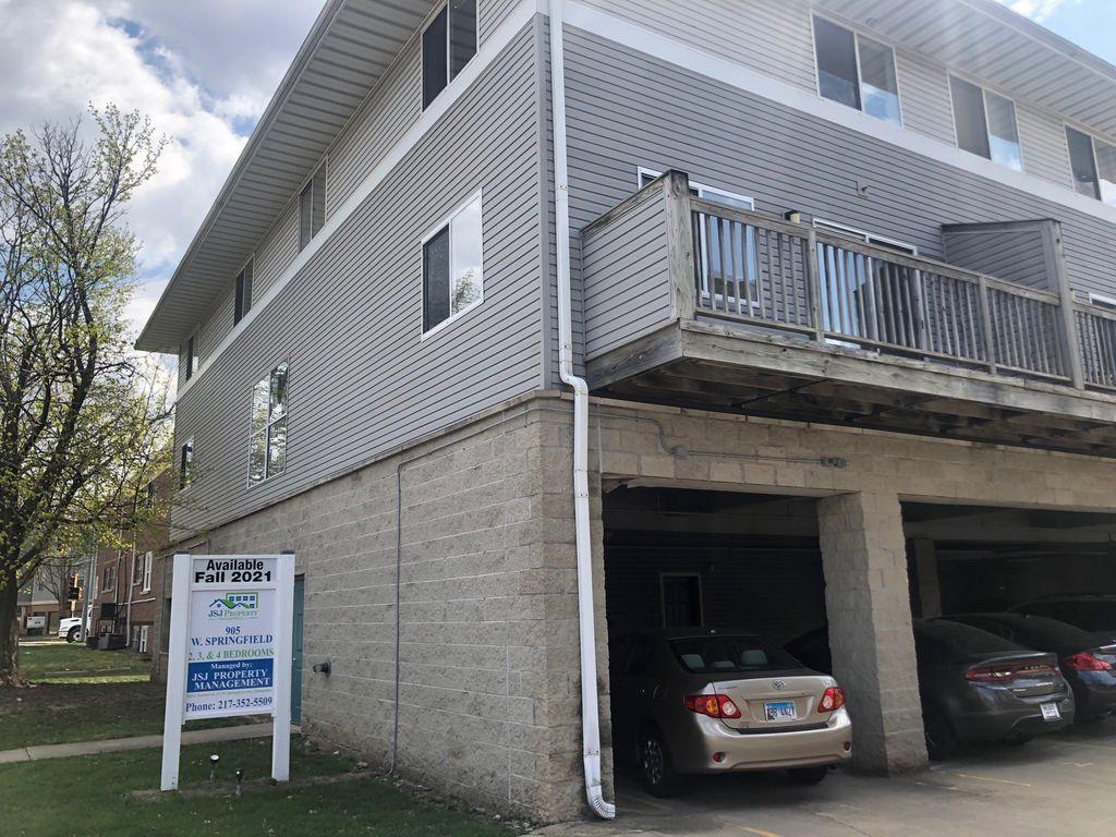 905 W Springfield Ave #9, Urbana, IL 61801