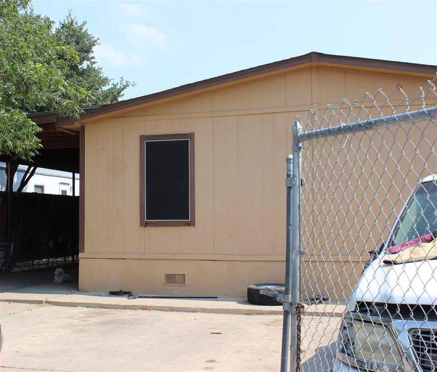 2206 Alysha Ct, Laredo, TX 78040