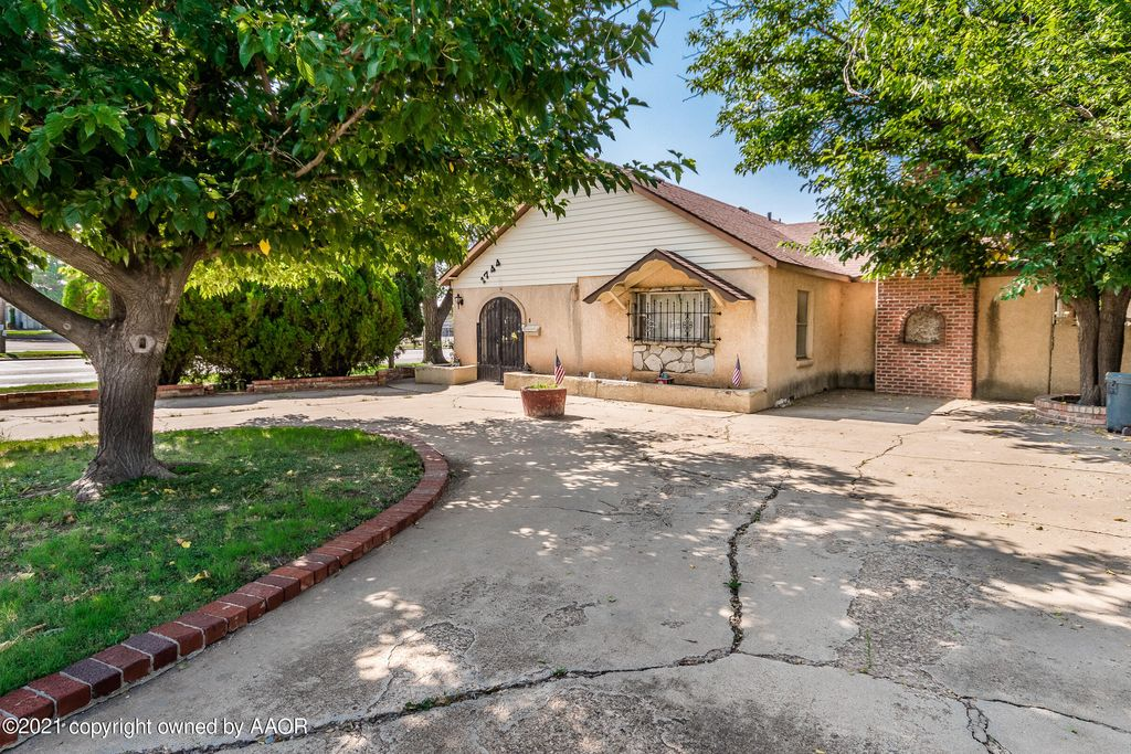1744 6th St, Amarillo, TX 79102