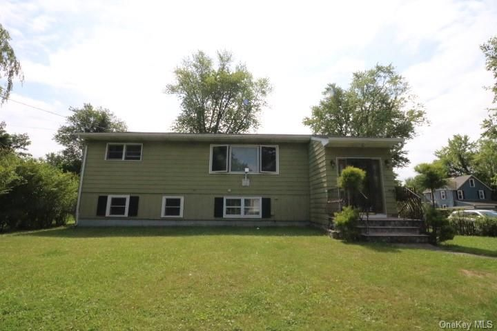 85 Rockwell Ave, Middletown, NY 10940