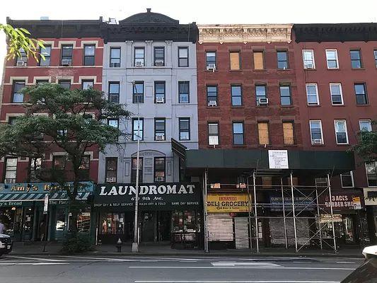 670 9th Ave, New York, NY 10036