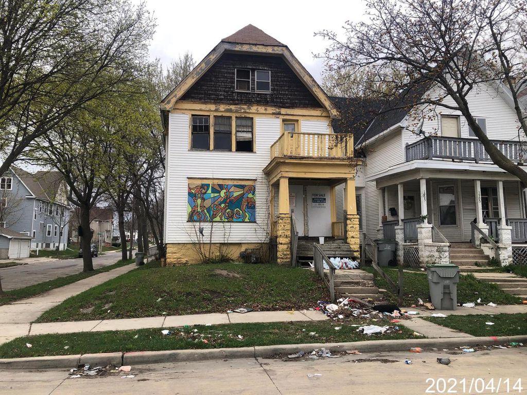 1901 N 32nd St #1903, Milwaukee, WI 53208