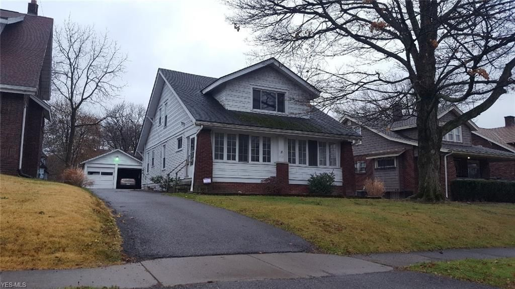 4023 Helena Ave, Youngstown, OH 44512