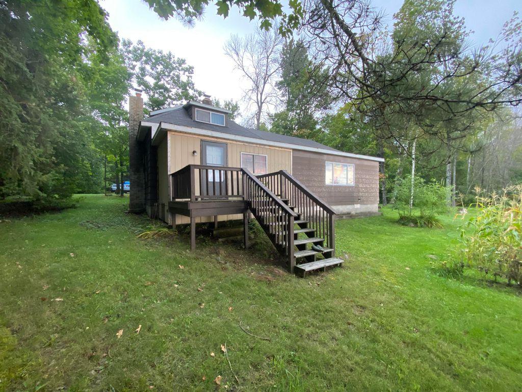 2686 S Hay Point Rd, Sault Sainte Marie, MI 49783