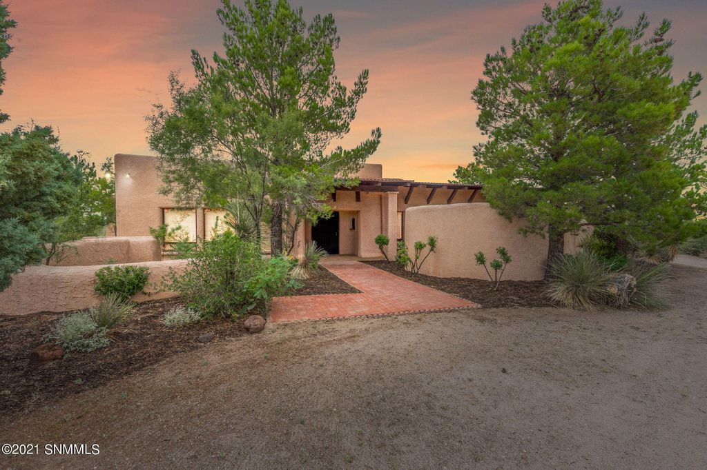 2605 Westmoreland Ave, Las Cruces, NM 88012