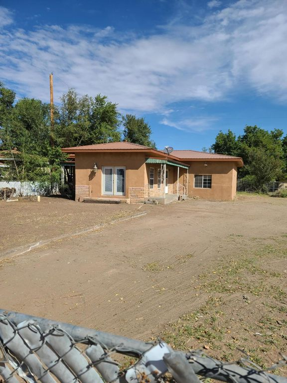 418 Coronado Ave, Belen, NM 87002