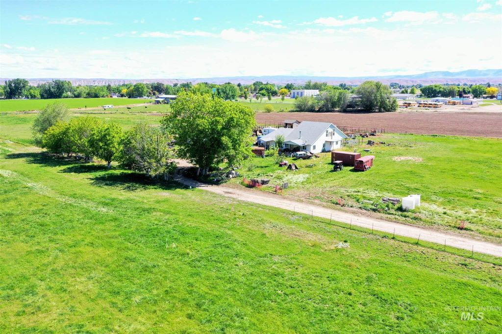4170 SW 2nd Ave, New Plymouth, ID 83655