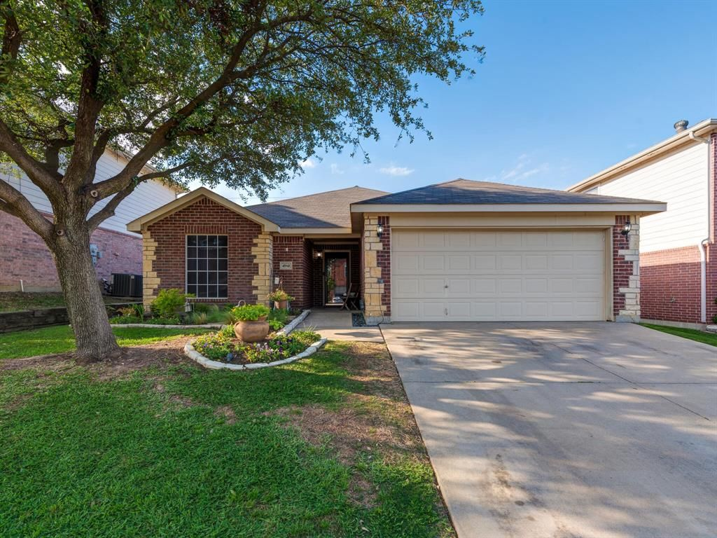 4941 Chaps Ave, Fort Worth, TX 76244