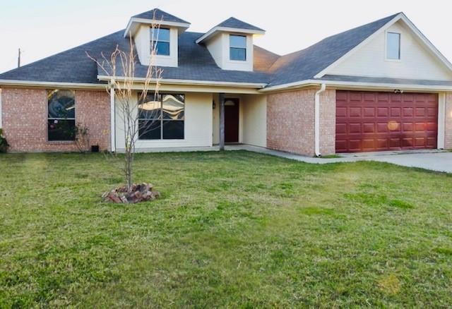 1712 SE 15th St, Mineral Wells, TX 76067