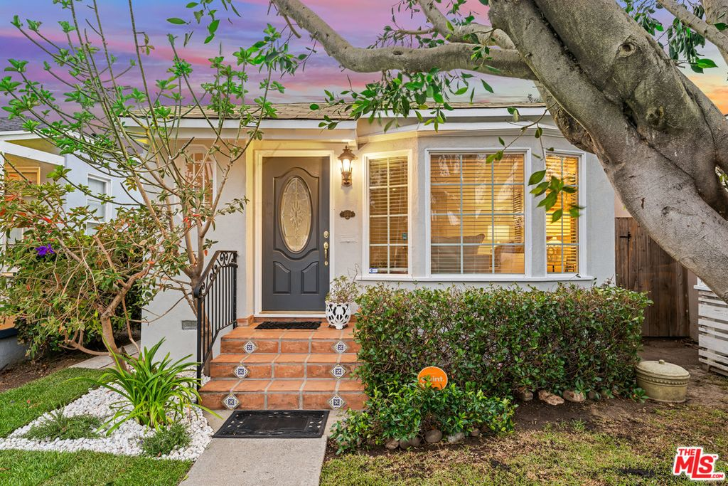 11809 Gateway Blvd, Los Angeles, CA 90064