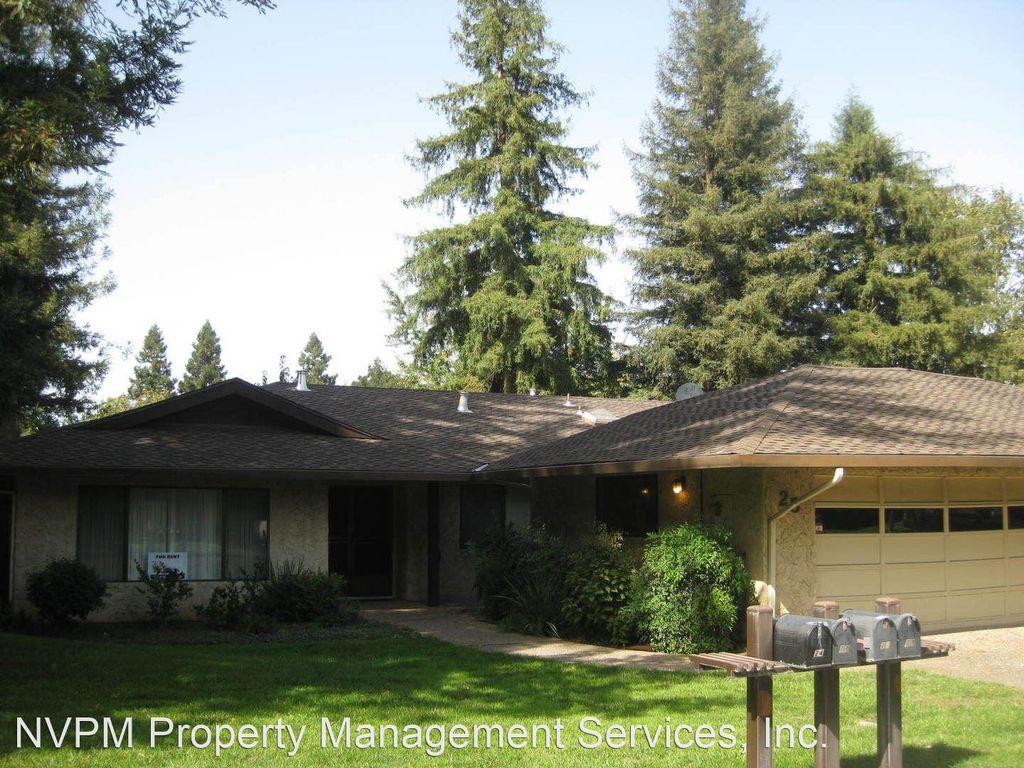 25 Northwood Commons Pl, Chico, CA 95973
