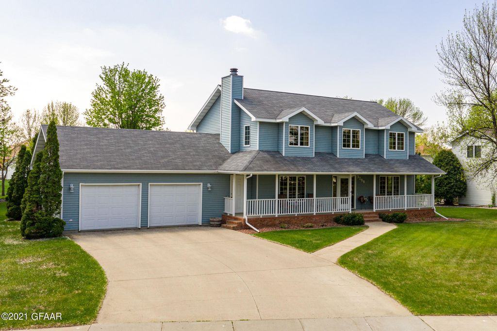3799 21st Ave S, Grand Forks, ND 58201