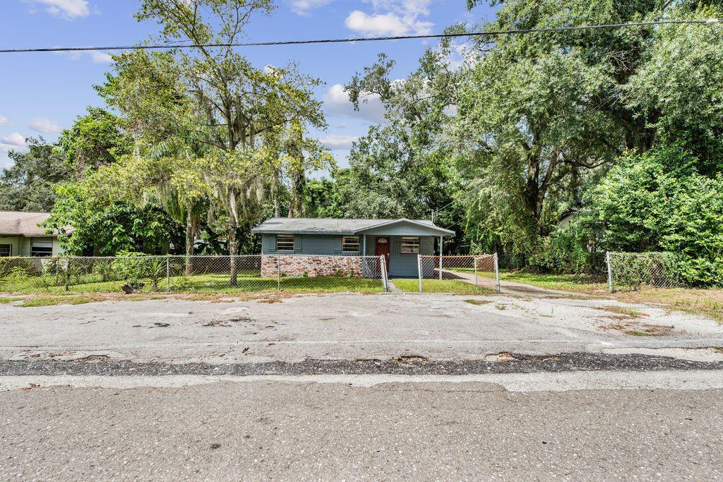 2014 E Humphrey St, Tampa, FL 33604