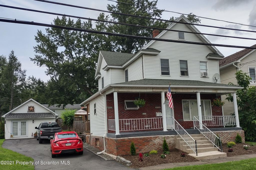 274 S Main St, Archbald, PA 18403