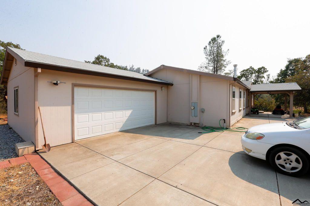 15624 N North Siskiyou Loop, Corning, CA 96021