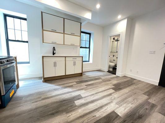 321 20th St #1R, Brooklyn, NY 11215