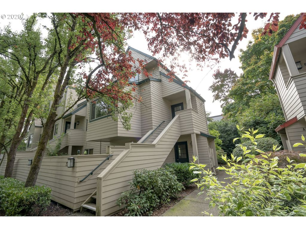 2775 NW Upshur St E, Portland, OR 97210