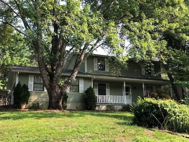 10113 Oak Creek Ln, Knoxville, TN 37932