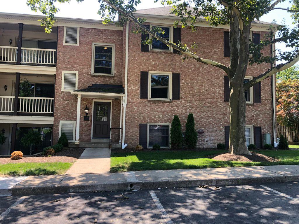 991 Manor Ln #A, Columbus, OH 43221