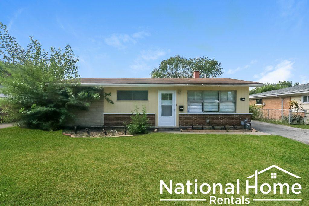 1380 Stanley Blvd, Maywood, IL 60409