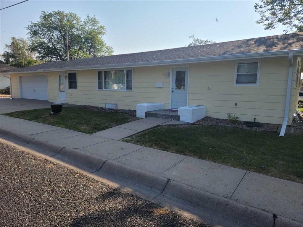 801 W East St #H, Ogallala, NE 69153