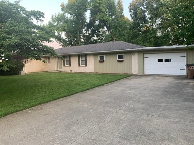 1165 Driftwood Ave, Columbus, IN 47203