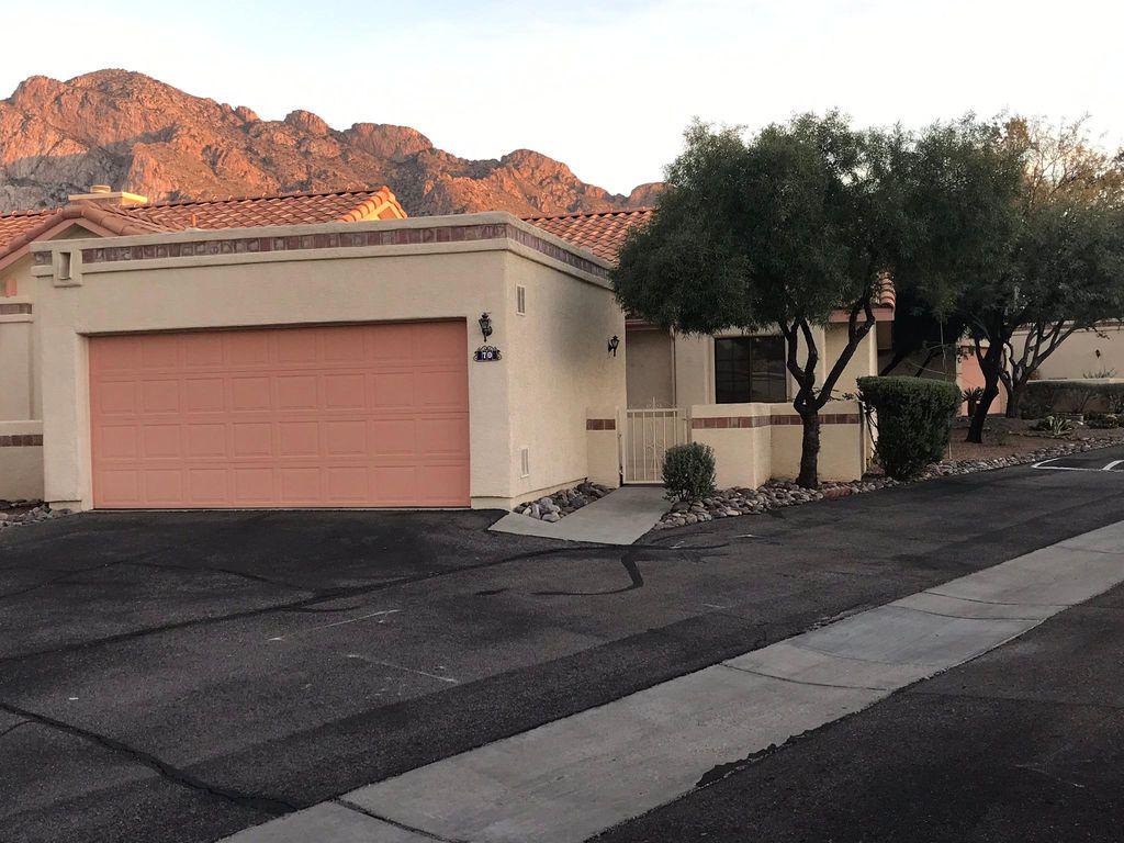 70 E Horizon Cir, Oro Valley, AZ 85737