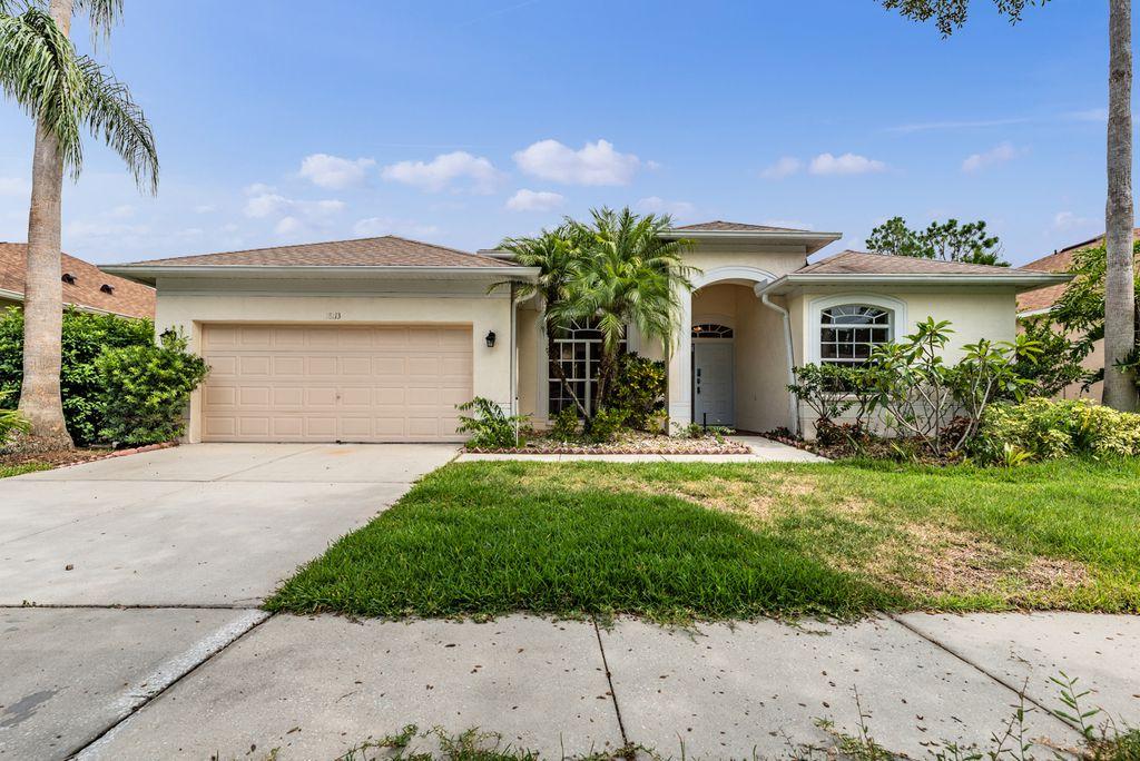 18113 Kara Ct, Tampa, FL 33647